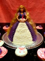 Rapunzel Cake Tangled by SweetSorrowIsMY2moro