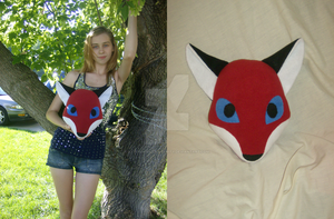 Renard the Fox Pillow by xxtemporaryinsanity