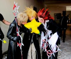 Axel and roxas with paopufruit by MischievousBoyAilime