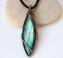Ice blue labradorite pendant by IanirasArtifacts