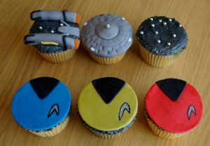 Star Trek Cupcakes by sparks1992