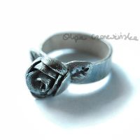 Silver rose ring by OlgaC