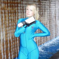 Zero Suit Samus Aran Cosplay by JessamyB