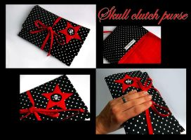 Skull clutch purse by tinkelstein