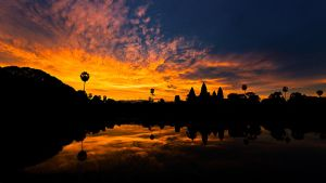 Angkor Sunrise by andyietok