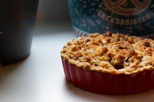 Rhubarb - Crumble - Fairy Cake by Cailleanne
