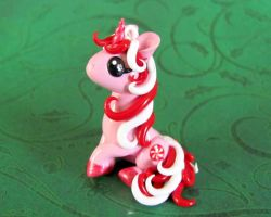 Peppermint Swirl by DragonsAndBeasties