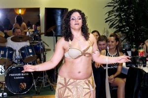 Belly Dancer by sztewe