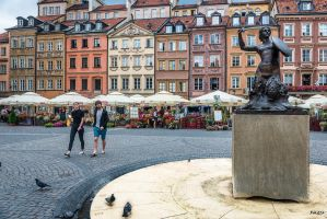 Warsaw - old town heart by Rikitza