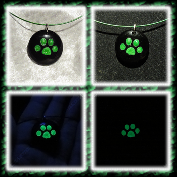 Cat Paw Pendant - Onyx in Green by ChimeraDragonfang