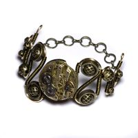 Steampunk clockwork bracelet by CatherinetteRings