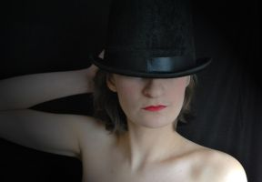 Top Hat by VelvetTouches