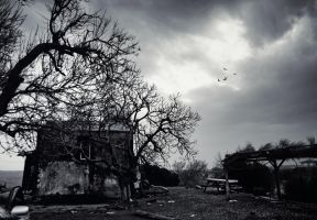 Doesn't live here anymore by cimengizem