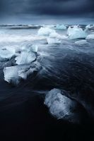 Jokulsarlon Beach by ZeSly