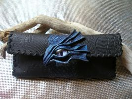 Dragon: Tobacco leather pouch by morgenland