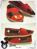 Mickey and Minnie Mouse by gucksshoes