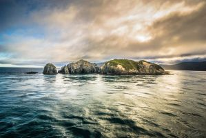Leaving Queen Charlotte Sound, South Island, N.Z. by PauloHod