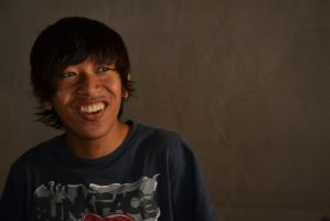 A smile is a gift,Dont ever ignore them. by afiq1995