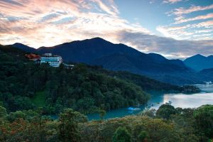 Sun Moon Lake by JoycelynSiew