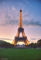 Eiffel Tower by uae4u