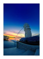 The De-fished Merlion... by lxrichbirdsf