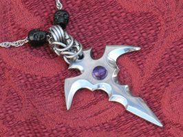 Pendant with amethyst and skulls by Licataknives