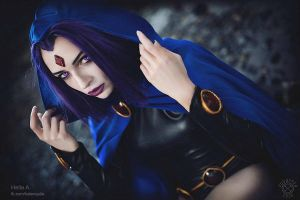 Raven Cosplay by HelenQuila