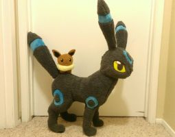 Shiny Umbreon Plush by Chochomaru