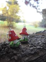 Mushroom earrings by estranged-illusions