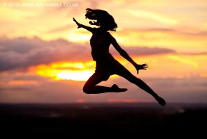 Silhouette Jump by thesashabell