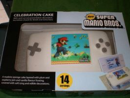 NSMB cake in box by FlyingTanuki