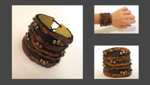 Leather brown bracelet by julishland