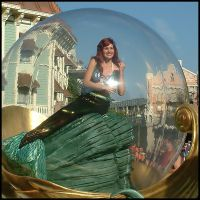 The girl in the bubble by eRiQ