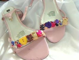 button shoes by jezz1