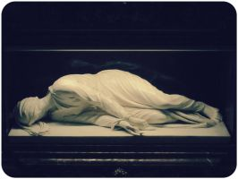 rome sculpture dead by furnituresig