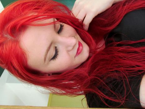 RED RED RED by LuanaS