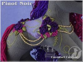 Pinot Noir Details by LadyLittlefox