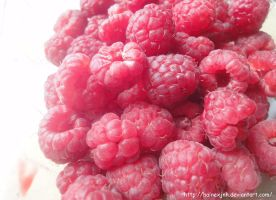 My first raspberry by HaineXjnh