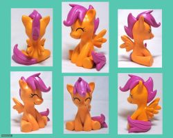Sitting Scootaloo 2 by CadmiumCrab