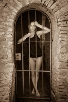 Caught and imprisoned... by gb62da