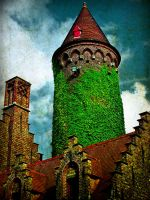 Round tower by grinpiss