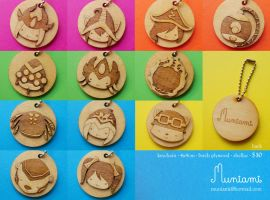 Lasercut League of Legends keychains by Muniami by natalianinomiya