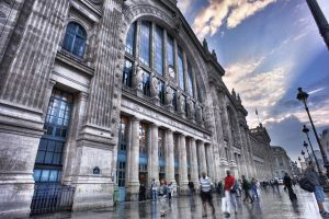 Sunrise at Gare du nord by xilvan