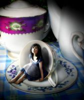 Alice in a cup by indriand
