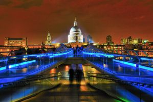 Millennium Bridge revisited by Rajmund67