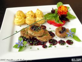 Medallions with blueberry sauce by PaSt1978