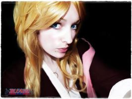 Matsumoto Rangiku Bleach cosplay by Snuzzle