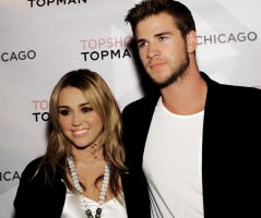 miley and liam2 by SmushhyM