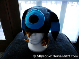 Shiny Umbreon Hat by Allyson-x