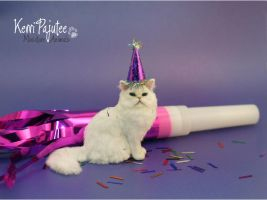 Miniature 1:12 Cat sculpture - PartyPooper by Pajutee